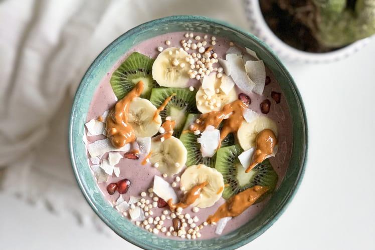 Smoothie bowl Vegan au quinoa soufflé