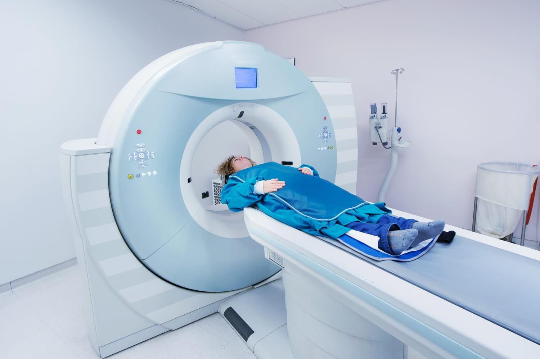 Scanner thoracique: interprétation, effets secondaires, comment ça se passe?