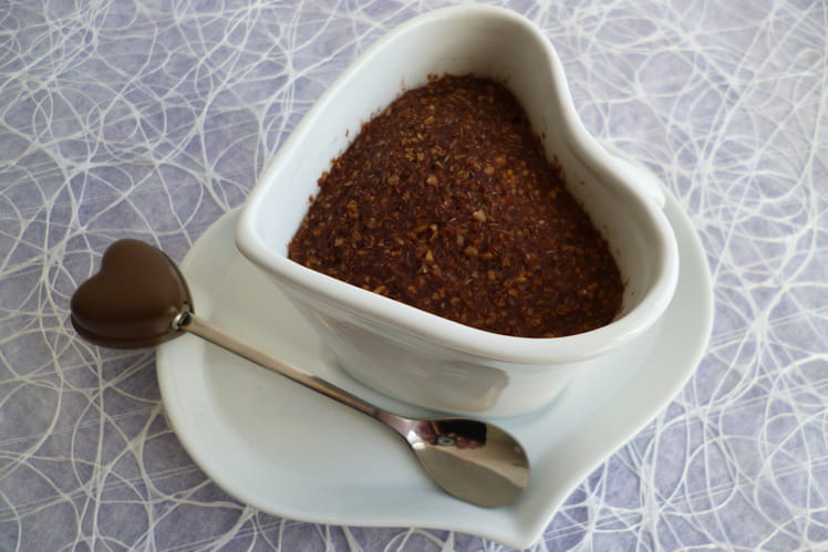 Mugcake caramel cacao au son d'avoine avec yaourt de soja et psyllium