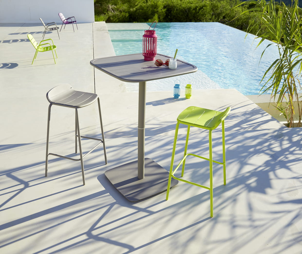 table et chaise bar hyba chez carrefour