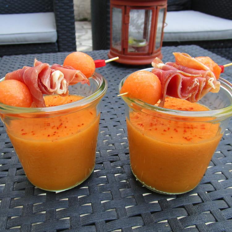 recette de soupe de melon au miel et son jambon serrano la recette facile. Black Bedroom Furniture Sets. Home Design Ideas