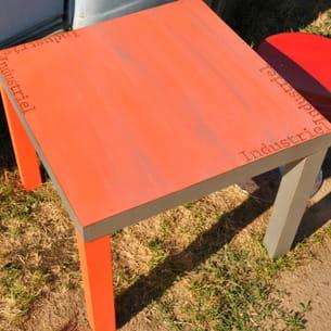 peinture orange fluo et pochoir par decodubontemps