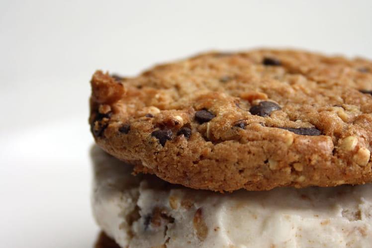 Cookie glacé avec sa glace au sirop d'érable et cookies
