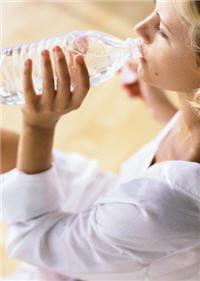 même si cela ne se sent pas au goût, l'eau peut être plus ou moins salée.