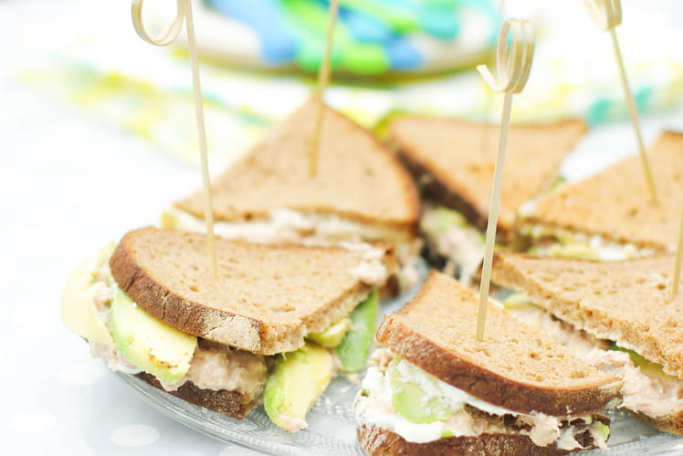 Mini sandwich avocat et thon
