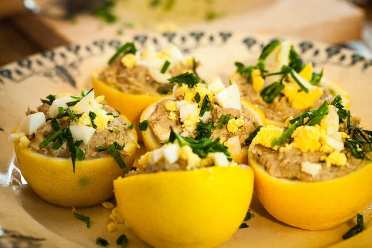 Citrons farcis à la crème de thon