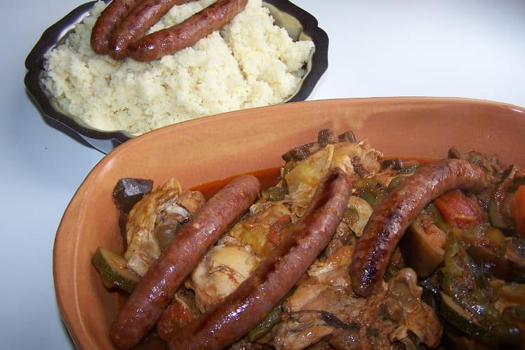 Couscous aux quatre viandes : agneau, bœuf, poulet et merguez