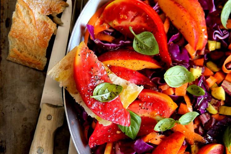 Salade estivale tomates, nectarines et carottes