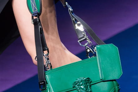 Versace (Close Up) - photo 17