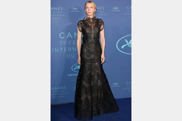 Cate Blanchett en Giorgio Armani Privé