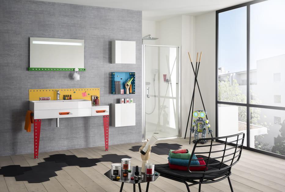 20idées pour un meuble de salle de bains coloré