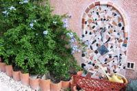 fontaine en mosaïque
