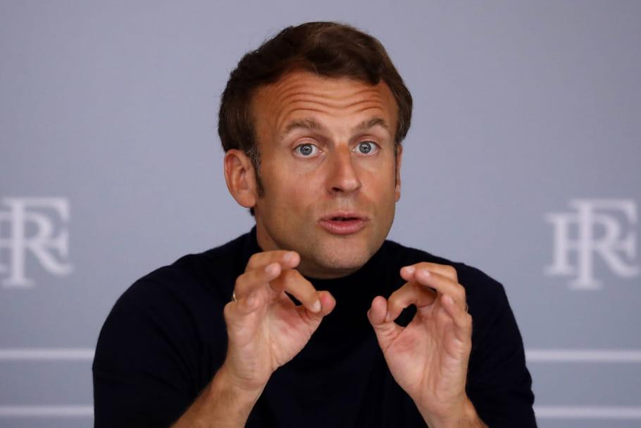 """Macron déconfine, mais """"ne veut brusquer personne"""""""