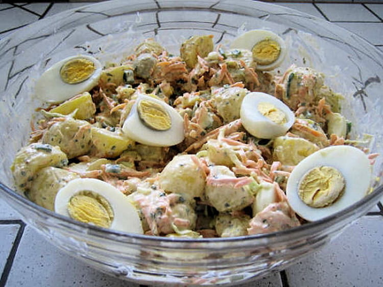 recette de 4th july salad salade de pommes de terre la recette facile. Black Bedroom Furniture Sets. Home Design Ideas