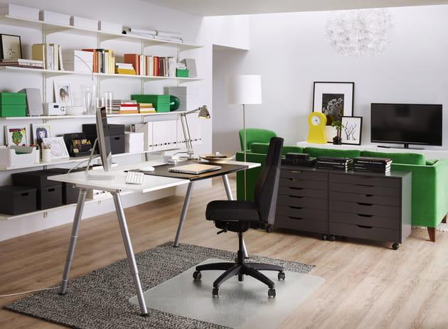 Bureau Thyge par Ikea