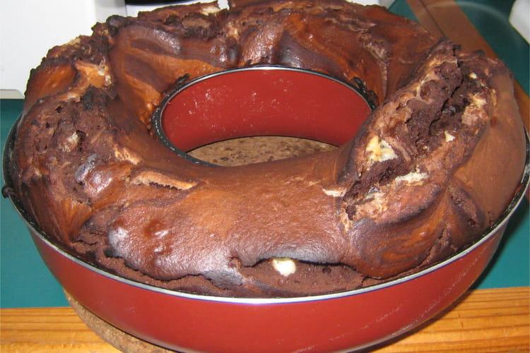 Gâteau au yaourt aux deux  chocolats