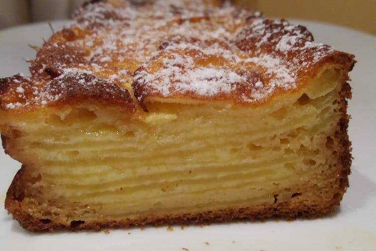 Gâteau invisible vanillé aux pommes