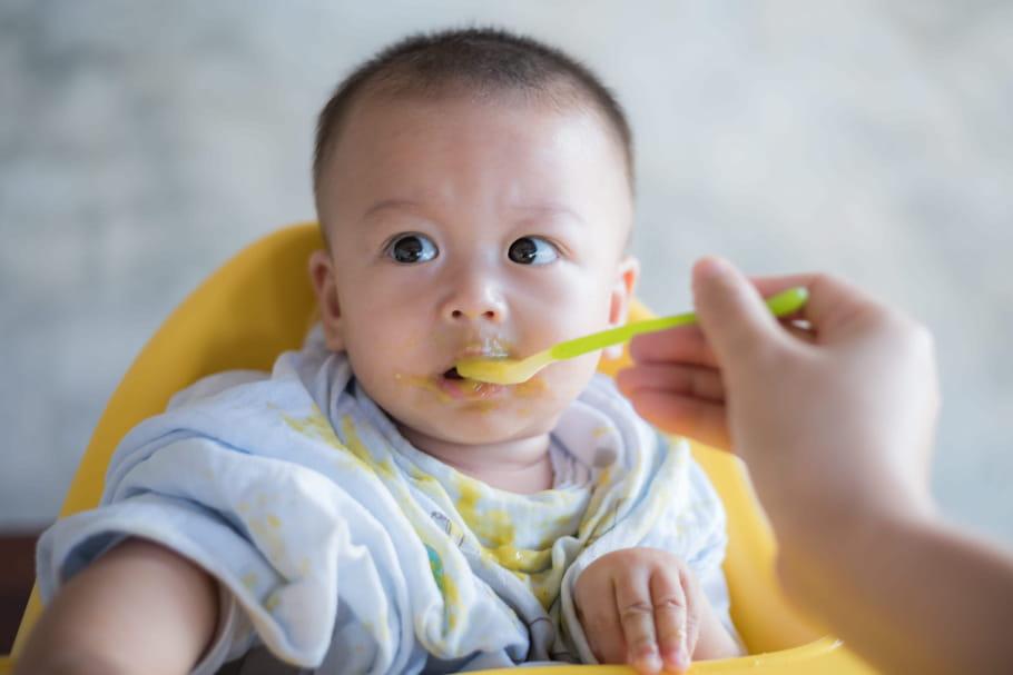 Diversification alimentaire: à quel âge, quel aliment?