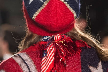 Tommy Hilfiger (Close Up) - photo 35