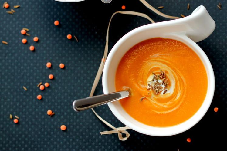 Soupe butternut, carotte et lentille corail
