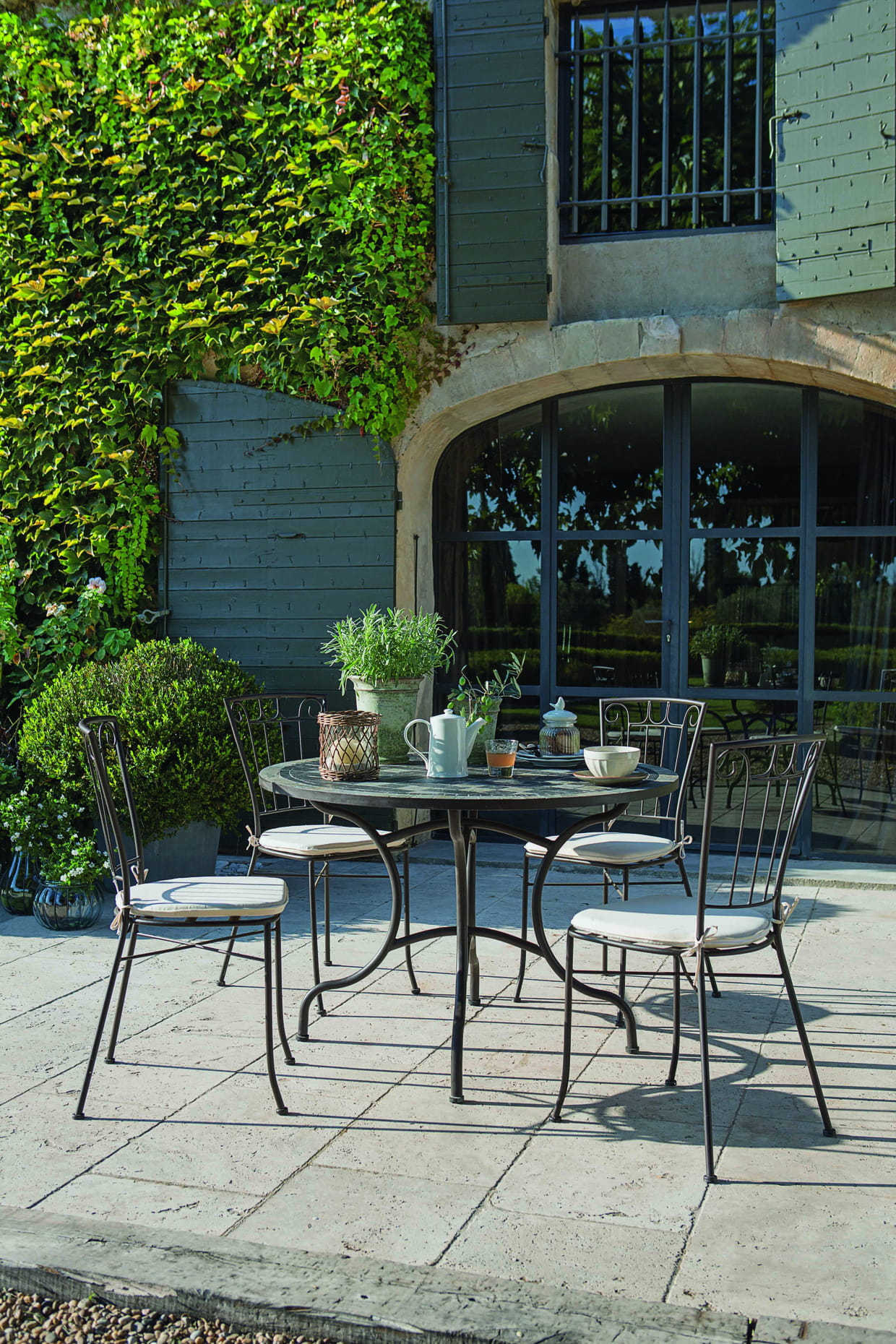 salon de jardin mosa que chez jardiland. Black Bedroom Furniture Sets. Home Design Ideas