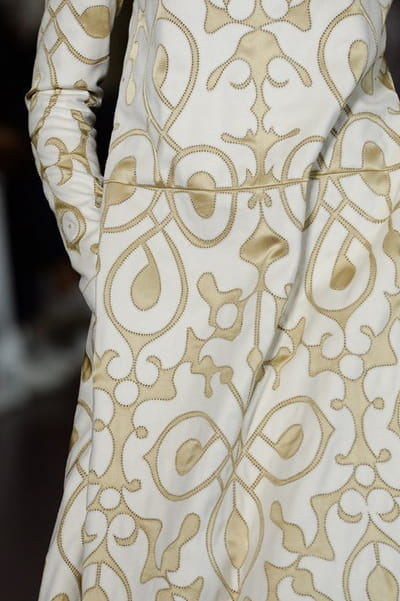 Valentino (Close Up) - photo 3