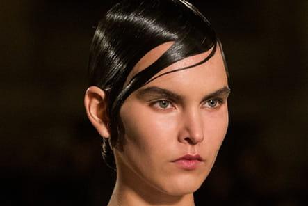 Givenchy (Close Up) - photo 57