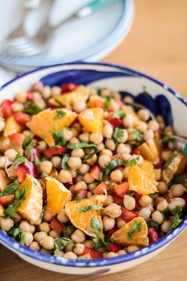 Recette de salade de pois chiches aux poivrons orange et - Cuisiner des pois chiches ...