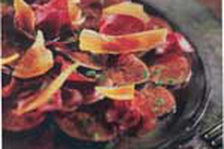 Carpaccio de figues à la mimolette étuvée